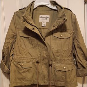 Women's tan lightweight jacket